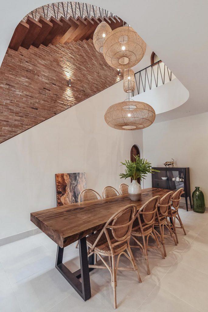 Cầu thang nhà phố và xu hướng không gian mở trong thiết kế nhà ở. 2