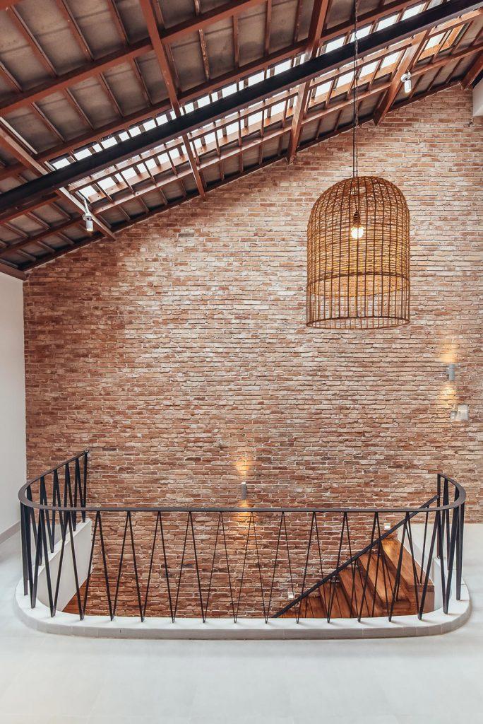 Cầu thang nhà phố và xu hướng không gian mở trong thiết kế nhà ở. 7