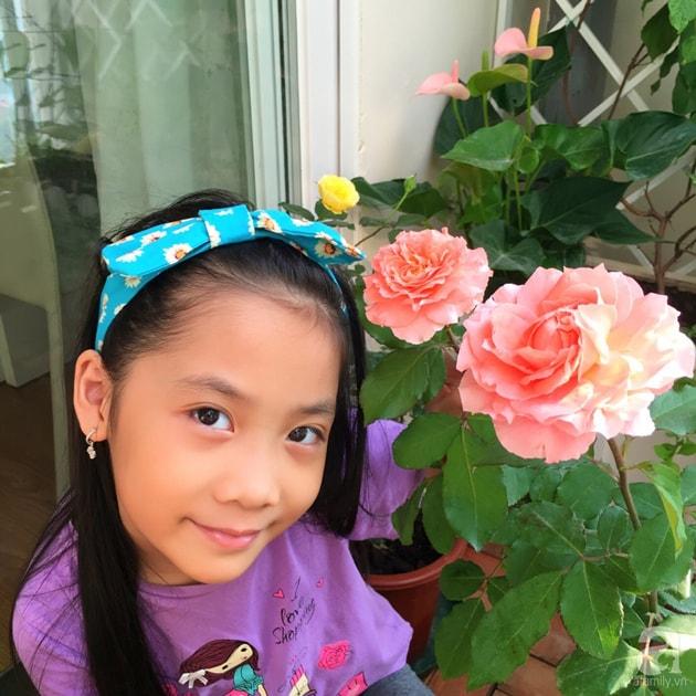 Ban công trồng đủ loại hoa hồng chỉ vỏn vẹn 6m2 14