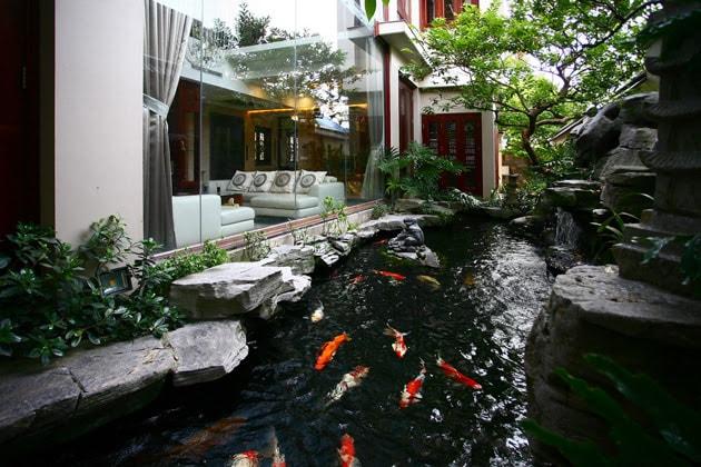 Biệt thự sân vườn đẹp mắt mang đậm chất Á Đông 2