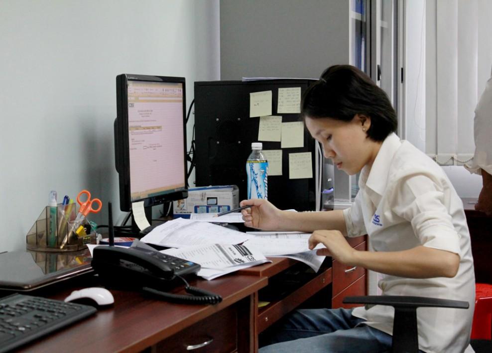 Góc làm việc tại văn phòng công ty (2012) 42