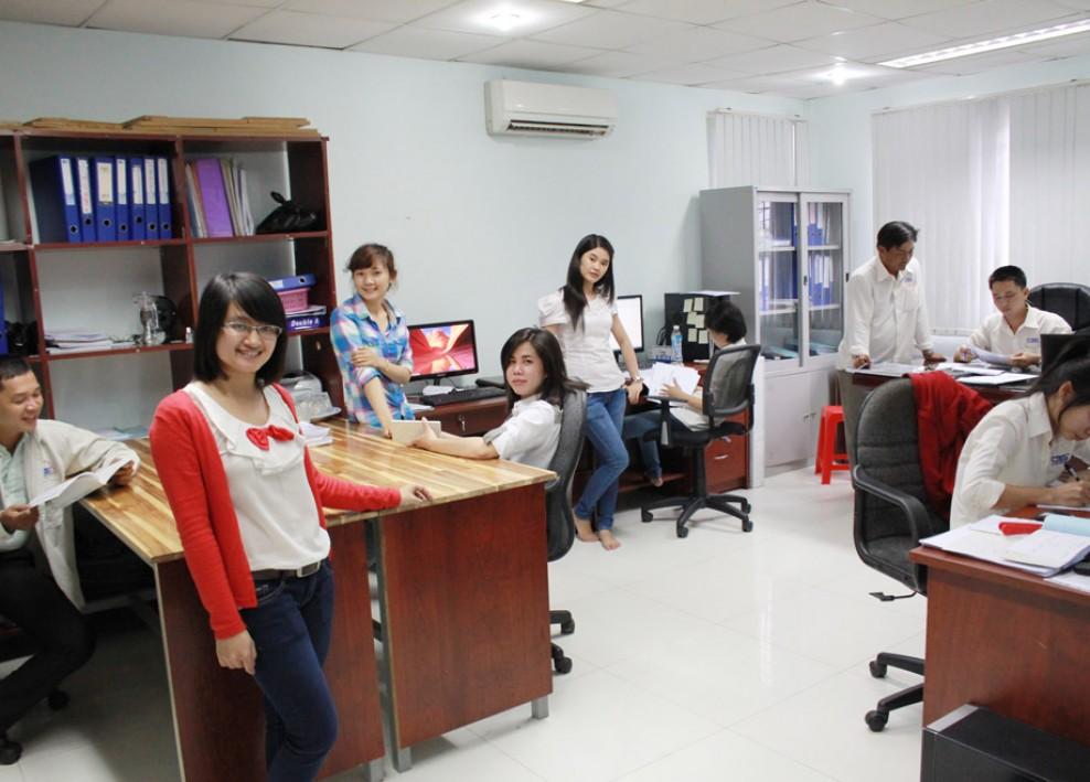 Góc làm việc tại văn phòng công ty (2012) 44