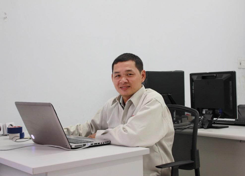 Góc làm việc tại văn phòng công ty (2012) 36