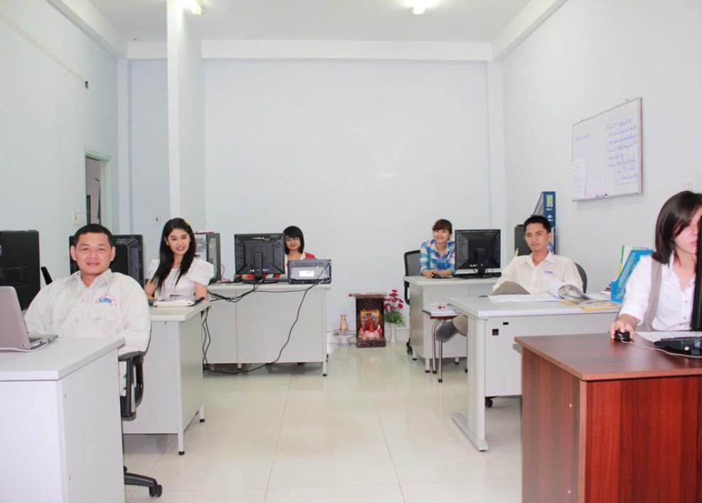 Góc làm việc tại văn phòng công ty (2012) 37
