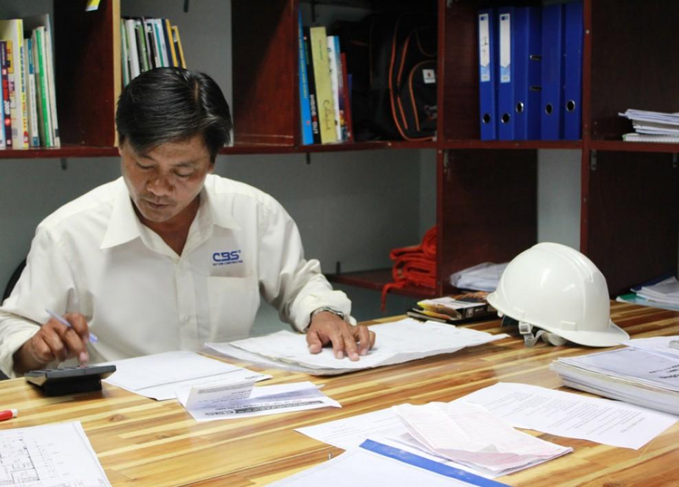 Góc làm việc tại văn phòng công ty (2012) 40