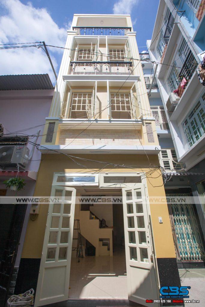 Xây dựng mới nhà anh Quang, Quận 10
