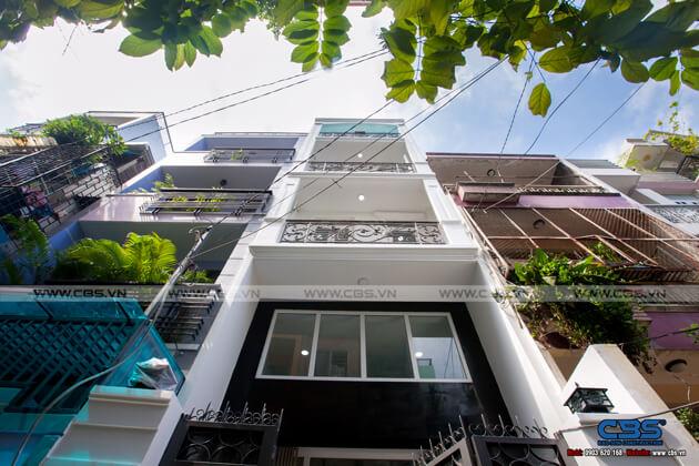 Nhà phố Quận 10 - mặt tiền bán cổ điển nội thất hiện đại (3,8m x 9,4m) 1