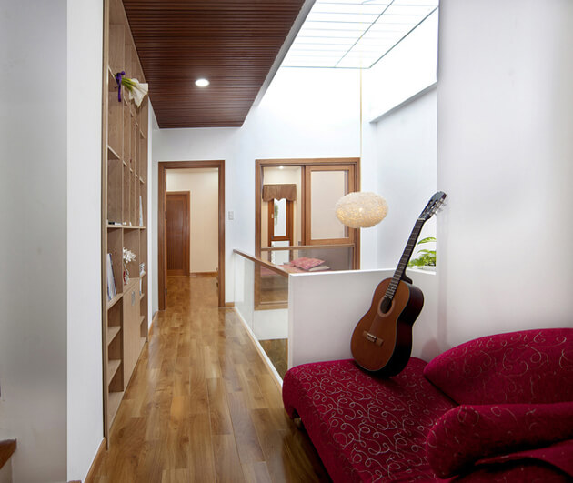 Nhà phố 2 tầng đơn giản, đẹp mắt và tràn ngập ánh sáng tự nhiên 11
