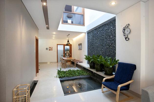 Nhà phố 2 tầng đơn giản, đẹp mắt và tràn ngập ánh sáng tự nhiên 5