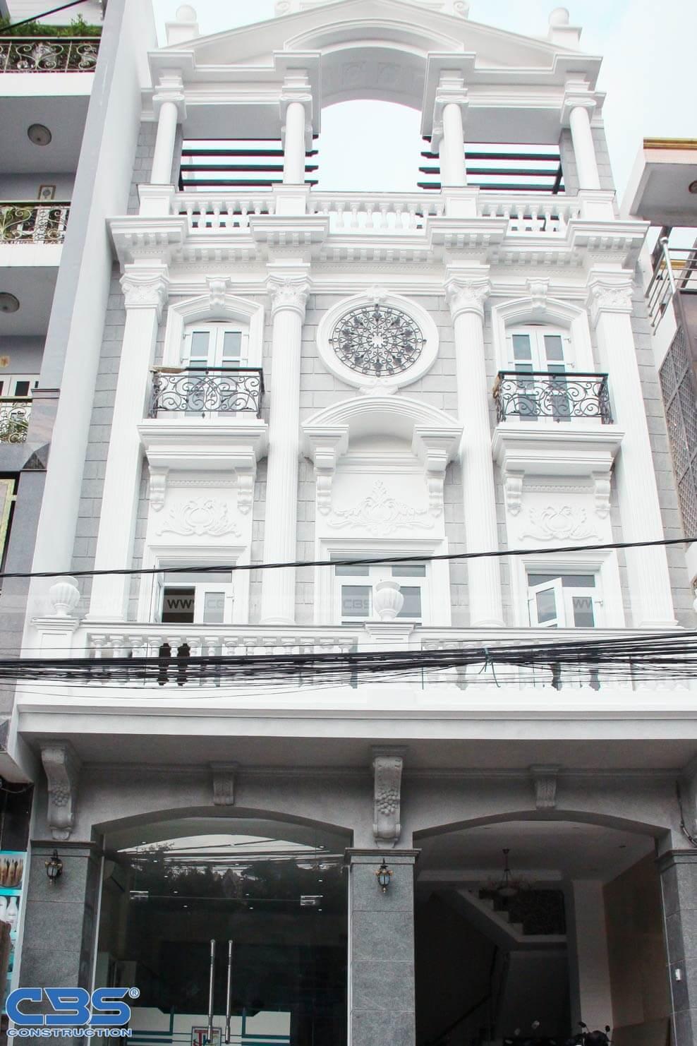 Nhà phố 8m x 18m đẹp mê ly với kiến trúc cổ Châu Âu 3