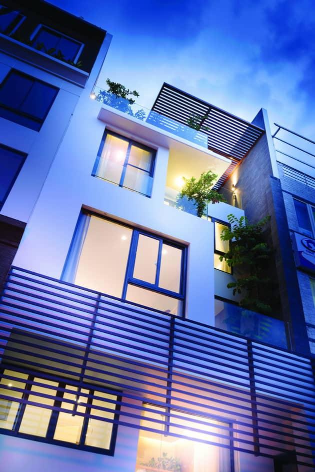 Nhà phố hiện đại đẹp và thoáng nổi bật giữa dãy phố quy hoạch 1