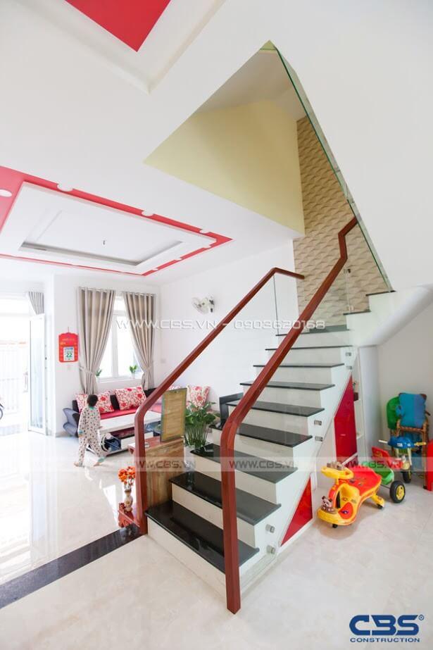 Những mẫu cầu thang đẹp phổ biến cho nhà phố 2