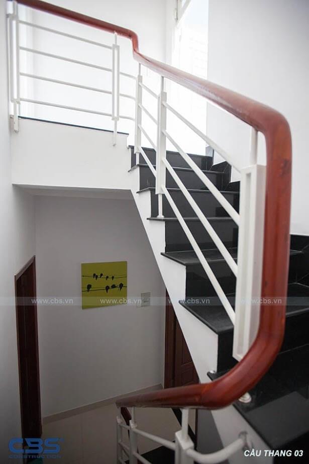 Những mẫu cầu thang đẹp phổ biến cho nhà phố 19