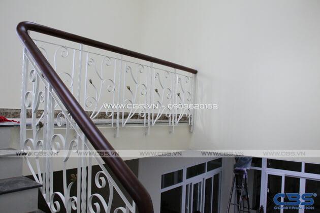 Những mẫu cầu thang đẹp phổ biến cho nhà phố 23