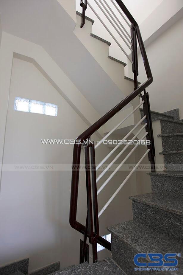 Những mẫu cầu thang đẹp phổ biến cho nhà phố 36