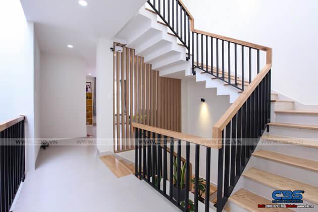 Những mẫu cầu thang đẹp phổ biến cho nhà phố 43