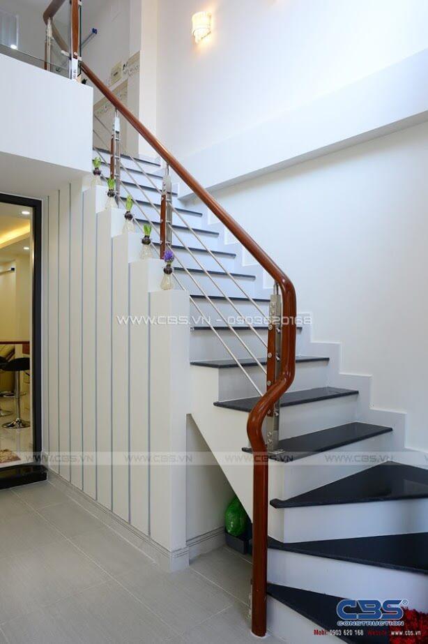 Những mẫu cầu thang đẹp phổ biến cho nhà phố 10