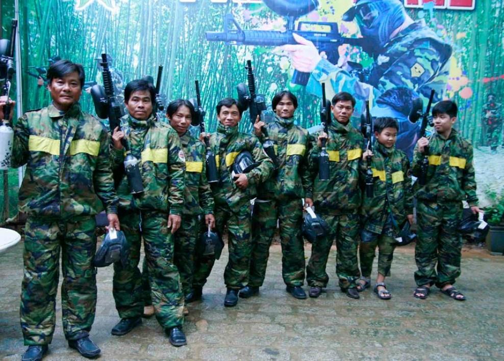 Tổ chức bắn súng sơn 2013 44