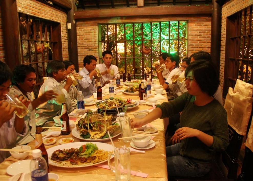 Tiệc tất niên tổng kết cuối năm 2012 15