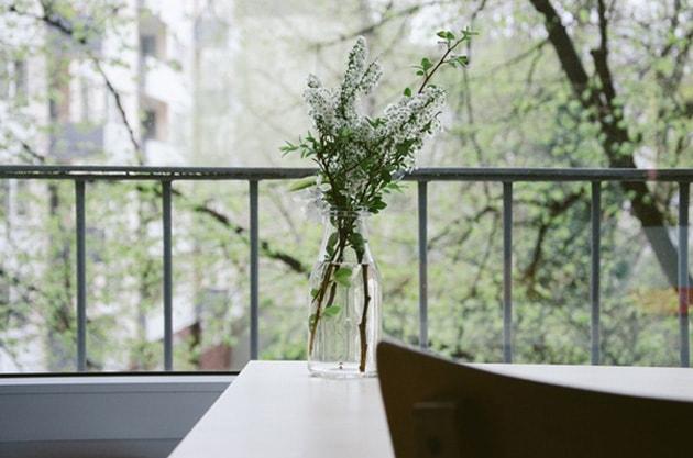 Những ý tưởng trang trí nhà bằng bình hoa hoa độc đáo 7