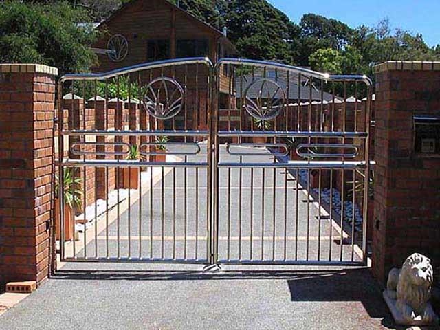 cổng nhà đẹp tại nông thôn