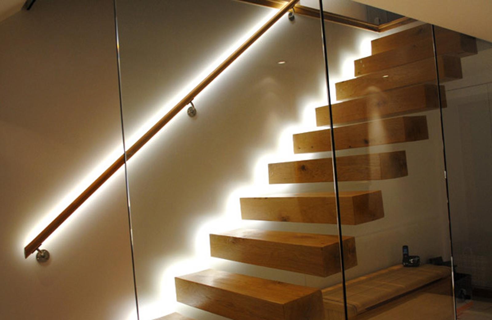 Đèn Led cầu thang không chỉ để trang trí mà còn là giải pháp an toàn cho cầu thang nhà bạn 5